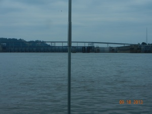 Coming up to Pickwick Lock and Dam